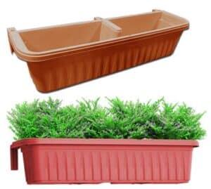 adjustable self-watering railing planter